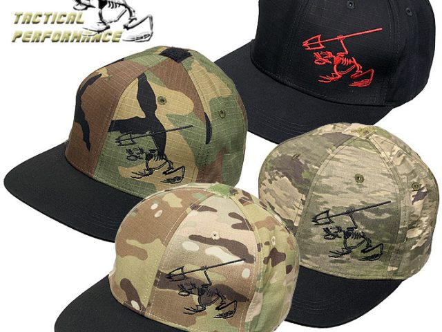 タクティカル・パフォーマンス社 新型CAPがカッコよすぎる !! SKULL FROG フラットビルキャップ入荷 !!
